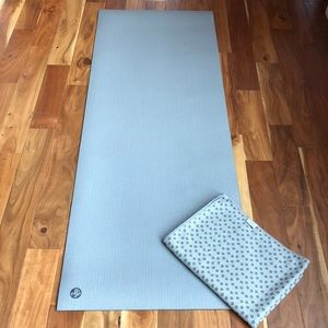 Manduka yoga mat and towel